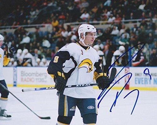 DEREK R0Y Signed BUFFALO SABRES 8X10 Photo w/COA - Autographed NHL Photos (Nhl Photo Buffalo Signed Sabres)
