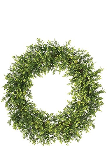 18 Inch Artificial Tea Leaf and Berry Greenery Wreath on a Twig Base