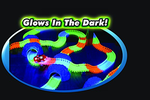 Magic Tracks Bend, Flex and Glow Racetrack with 11-Feet 220-Piece Glow In the Dark Track and 1 Race Car