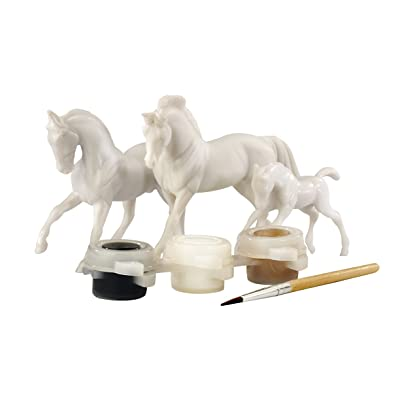 Breyer Stablemates Horse Family Painting Craft Activity Set: Toys & Games