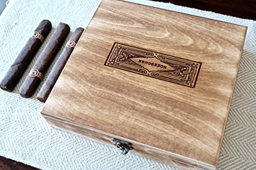 Personalized Cigar Box (Vintage) - Engraved Cigar Humidor