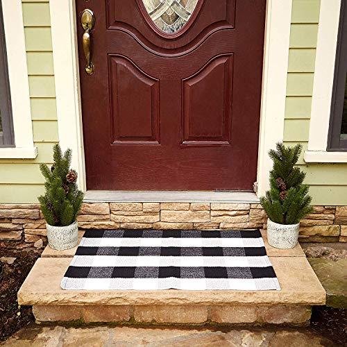 "Buffalo Plaid Rug - Black and White Check Door Mat Outdoor - Farmhouse Rugs for Kitchen/Bathroom/Front Porch/Decor - Layered Welcome Doormats - Checkered Flannel Cotton Entry Way Layering Mats 24""x36"""