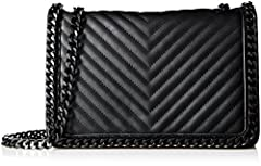 Small structured quilted cross body with chain detail.