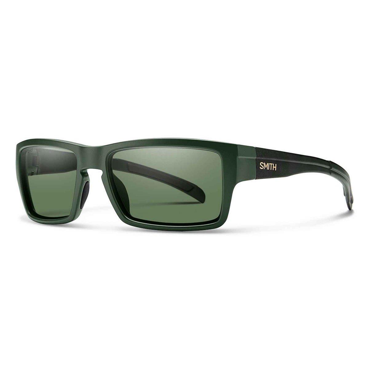 b9ec4b55fa0 Amazon.com  Smith Outlier Carbonic Polarized Sunglasses  Sports   Outdoors