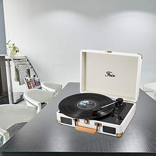 Portable turntable suitcase with speakers