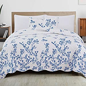 51-FNXU5D8L._SS300_ Coastal Bedding Sets & Beach Bedding Sets