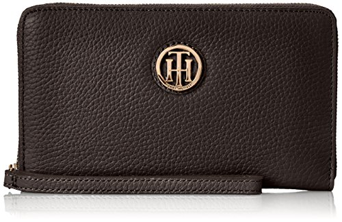 Tommy Hilfiger Lucky Charm Pebble Wristlet, Black, One Size (Tommy Hilfiger Pebble)