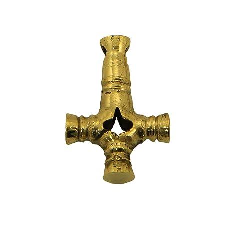 Amazon.com: Llavero de bronce con colgante de cruz de lobo ...