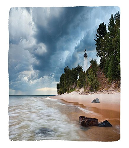 Chaoran 1 Fleece Blanket on Amazon Super Silky Soft All Season Super Plush Lighthouse Decor Collection Auable Lighthouse in Pictured Rock National Lakeshore Michigan USA Picture Fabric Cloudy (Halloween Usa Michigan Ave)