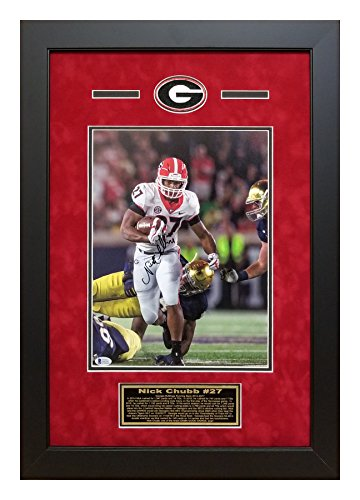 Nick Chubb Autographed/Signed Georgia Bulldogs Deluxe Framed 11x14 Photo vs Notre Dame w Beckett ()