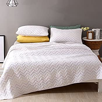 NEWLAKE 3 Piece Chevron Simple Soft Quilt Bedspread Coverlet Set with Decorative Pillowcase, White, Pure Cotton, Queen