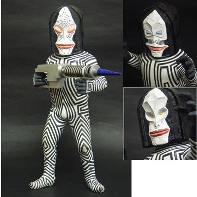 X-PLUS 大怪獣シリーズ ウルトラマン編 少年リック限定仕様「三面怪人 ダダ」