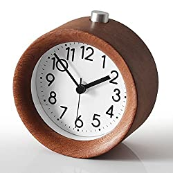 Battery Operated Clock,Cute Little Bedside Silent Alarm Clock,Aimarytech Creative Wood Clock Nightstand Clock Travel Clock,Snooze,Night Light,No Ticking,Accurate Time(Brown)