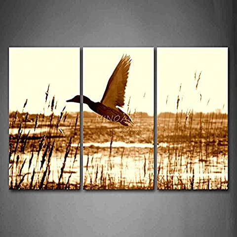 OYEO Canvas Art Brown Wall Art Painting Duck Fly Upon River Picture Print On Canvas Animal Home Decor Oil - Rectangle Picture Frame Charms