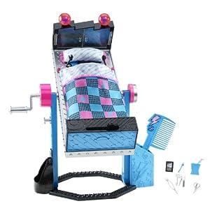 Mattel Monster High V2953 Mirror Bed Frankie Stein Furniture