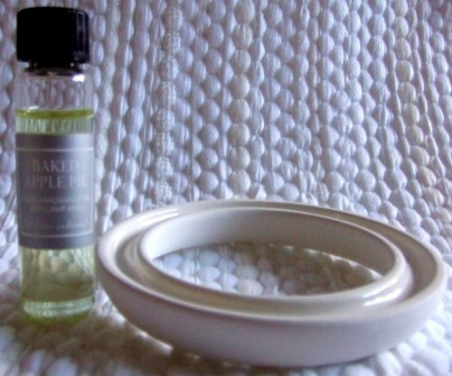- Fragrance Oil with Light Bulb Ring - You get 2 Sets of Baked Apple Pie