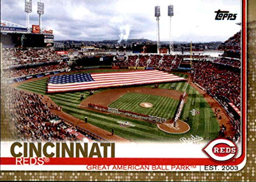 2019 Topps Gold #691 Great American Ball Park Cincinnati Reds Baseball Card