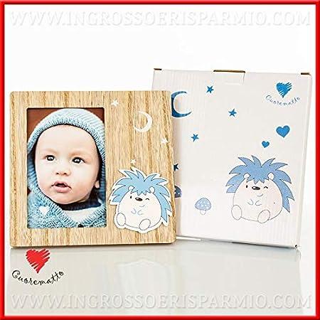 Ingrosso e Risparmio Cuorematto - Portafotos de madera natural y erizo con detalles azules, detalles útiles para bautizo de niño, con caja regalo incluida