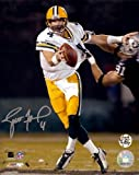 A GREEN BAY PACKERS 8X10 PHOTO HAND SIGNED BY LEGENDARY QUARTERBACK BRETT FAVRE. THE PHOTO AND THE SIGNATURE ARE IN MINT CONDITION.   BRETT IS A SUPER BOWL CHAMPION, 11X PRO BOWLER, 3X NFL MVP, AND FUTURE HALL OF FAMER! DON'T MISS OUT ON THIS EXQUISI...