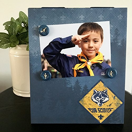 Cub Scouts Boy Troop buttons blue gold leader pack child gift handmade magnetic picture frame holds 5