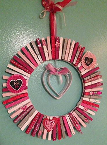Valentine's Day Decorative Clothes Pin Themed Wreath,hand painted clothes pins, Hostess -