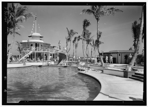 Photo: Raleigh Hotel,Collins Ave.,Miami Beach,Florida. Pool from center - Miami Ave Collin Beach