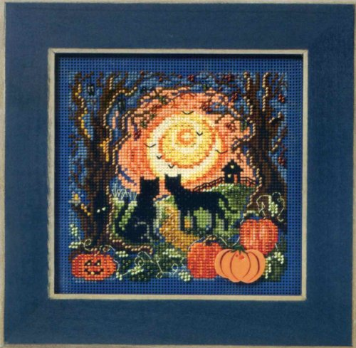 Mill Hill MH14-1206 Moonlit Kitties Beaded Counted Cross Stitch Kit Buttons & Beads 2011 Autumn Series]()