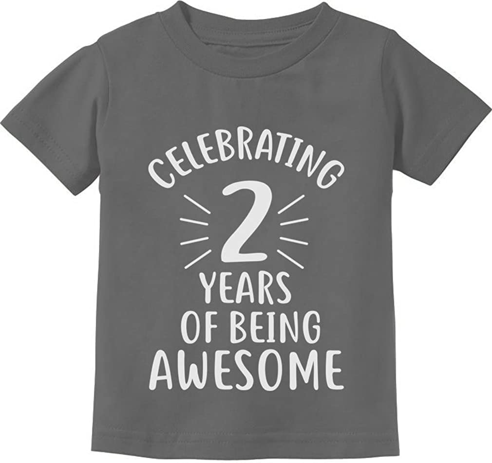 2 Years of Being Awesome Birthday Gift for 2 Year Old Toddler Kids T-Shirt