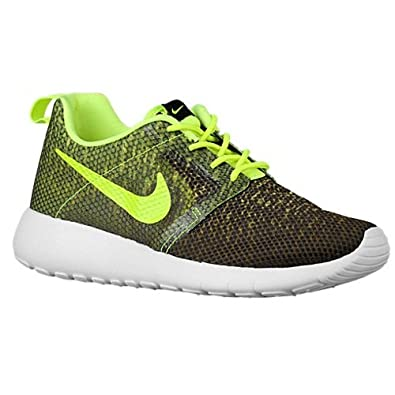 new product df6d4 efd29 Amazon.com  Nike Kids Roshe One Flight Weight (GS) Green Running School  Shoes (6.5 Big Kid M)  Shoes