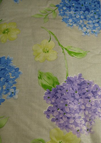 Summer Fun Flannel Back Vinyl Umbrella Tablecloths with Hole and Zipper- Floral Assorted Sizes (60 x 84 Oblong)