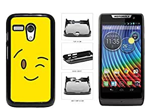 Bright Yellow Wink Smiley Face Plastic Phone Case Back Cover Moto G