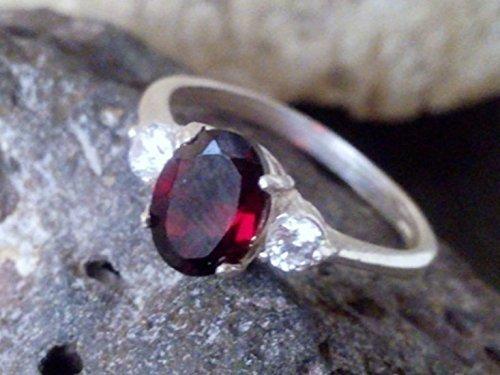 January birthstone ring,Triple Garnet ring,red engagement ring,alternative ring, wedding gift, gift for her Color Change Garnet Ring