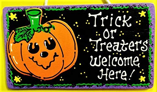 Susie85Electra Halloween Trick Or Treaters Welcome Here Sign Pumpkin Plaque Decor Wall Hanger Wood -