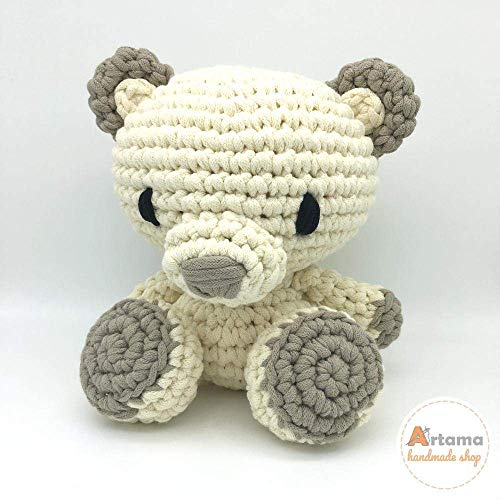Best Amigurumi Tips and Tricks for Doll Faces - thefriendlyredfox.com | 500x500