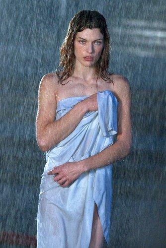 Moviestore Milla Jovovich 91x60cm Farb-Posterdruck