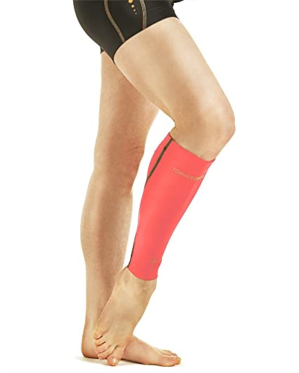 ac67c0632f Tommie Copper Women's Performance Bounce Calf Sleeve, Safety Coral, Large