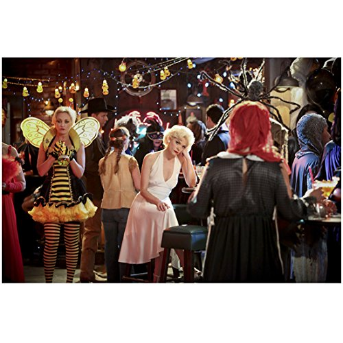 Pll Costumes (Hart of Dixie Jamie King as Lemon Breeland dressed in a Marilyn Monroe costume at a party 8 x 10 Inch Photo)