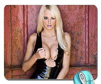 Nude glamour kerala girls pics