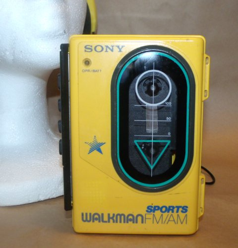 SONY Sports WALKMAN FM/AM/Cassette WM-F45 ~ Yellow ~ Water R