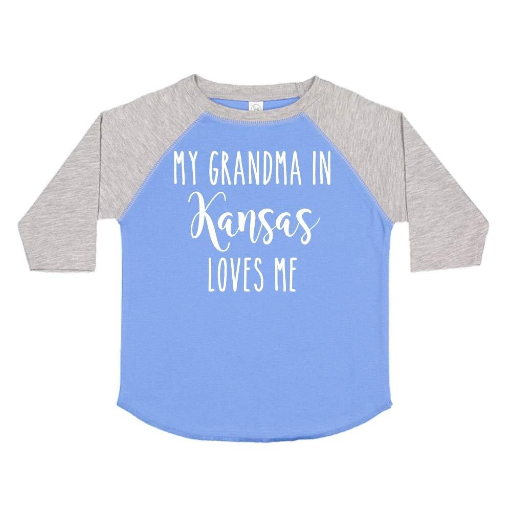 Toddler//Kids Raglan T-Shirt My Grandma in Kansas Loves Me