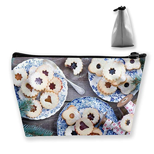 Trapezoid Toiletry Pouch Portable Travel Bag Biscuits Pine Cones Christmas Waterproof Bag ()