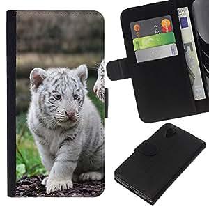 Stuss Case / Funda Carcasa PU de Cuero - White Tiger Cub Cute Puppy - LG Nexus 5 D820 D821