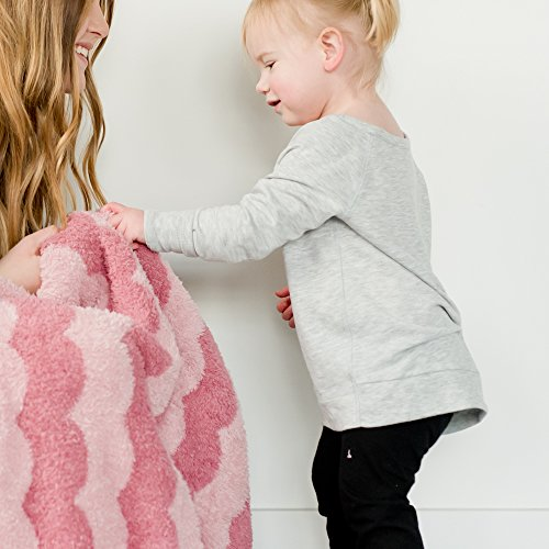 (Saranoni Receiving Blankets for Babies Ultra Soft Double Layer Bamboo Luxury Baby Blanket (Pink Scallop, Receiving Blanket 30