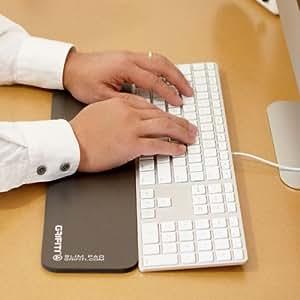 grifiti slim pad 17 smooth surface poron black reversible wrist rest for apple mac. Black Bedroom Furniture Sets. Home Design Ideas