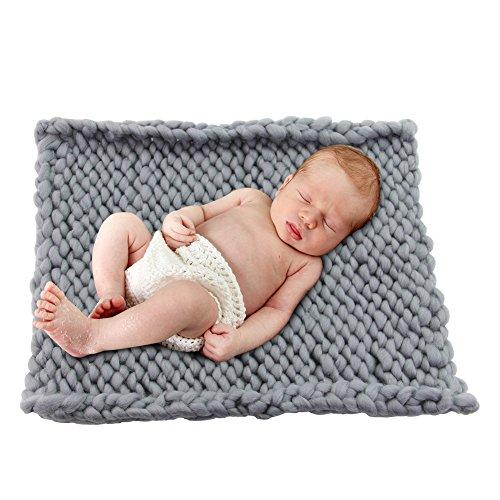 Play Tailor 19.6x19.6 Chunky Knit Blanket for Newborn Baby Photography, Multi Use Chunky Yarn Chair Pad and Sofa Cushion (Grey)