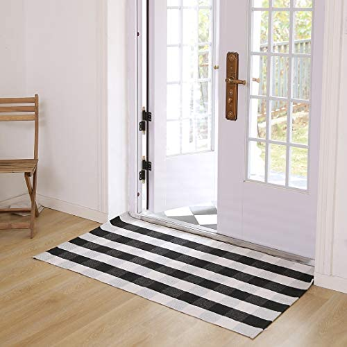Cotton Buffalo Plaid Rugs Black and White Washable Checkered Rugs Woven Throw Rug Floor Mat Carpet for Welcome Door Mat Porch Kitchen Bathroom Entry Way 35.4 x59