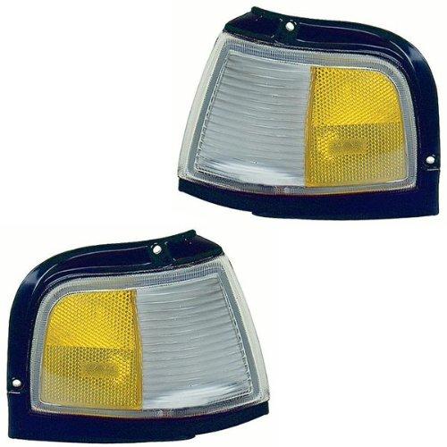 1987-1996 Oldsmobile/Olds Cutlass Ciera Turn Signal Marker Lamp (with Black Trim) Corner Park Light Set Pair Right Passenger And Left Driver Side (1987 87 1988 88 1989 89 1990 90 1991 91 1992 92 1993 93 1994 94 1995 95 1996 96)