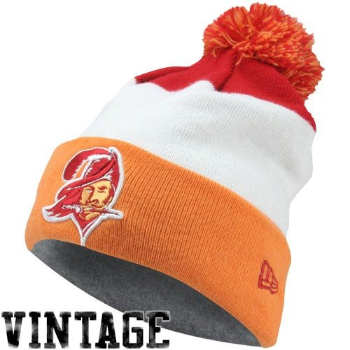 Men's New Era Tampa Bay Buccaneers On Field Classic Knit Hat One Size Fits All ()