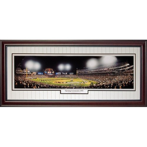 Chicago White Sox (Opening Ceremonies 2005 - World Series) Deluxe Framed Panoramic Photo