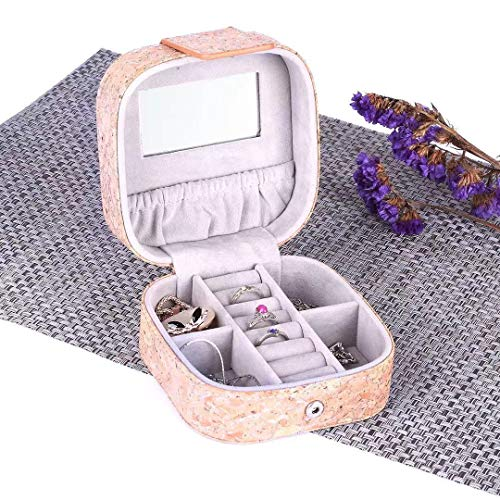 MANISHO Jewelry Box Vegan Cork Small Travel Organizer Eco-Friendly Display Storage Case for Rings Earrings Necklace